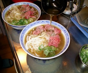 Making_pho_bo_2