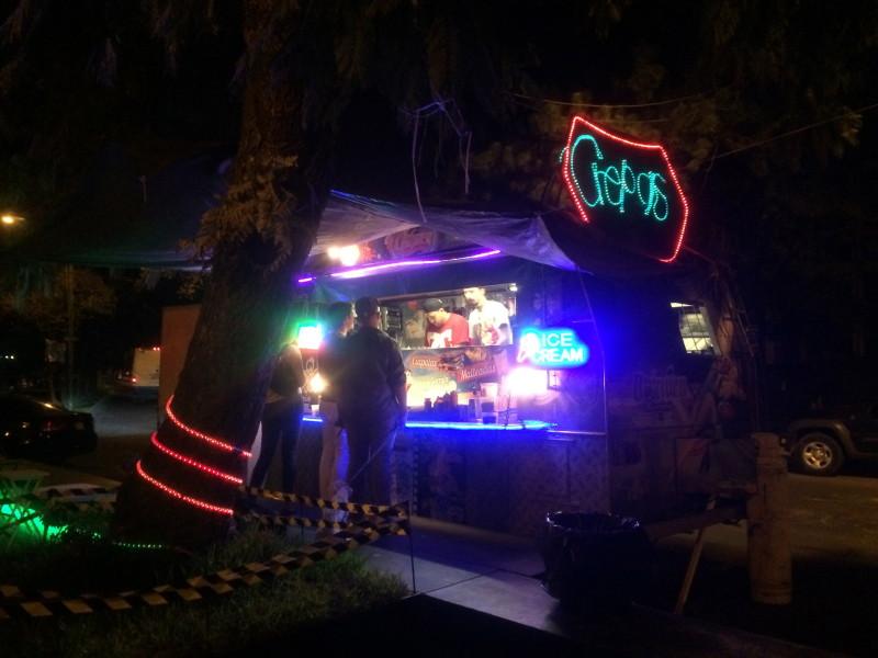 monchería atómica food truck in guadalajara, mexico, serves crepes and more seven nights a week